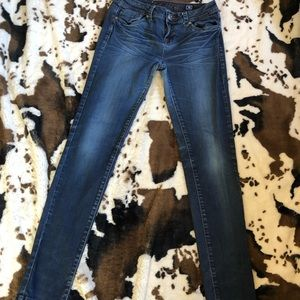 Juniors LA Idol Skinny Jean